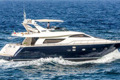 vacanza yacht Aicon 72 SL Arwen